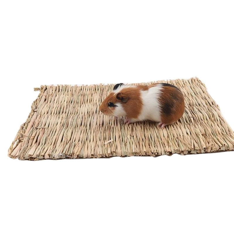 Small animals Grass Weaving Edible Handmade  Hay Mat