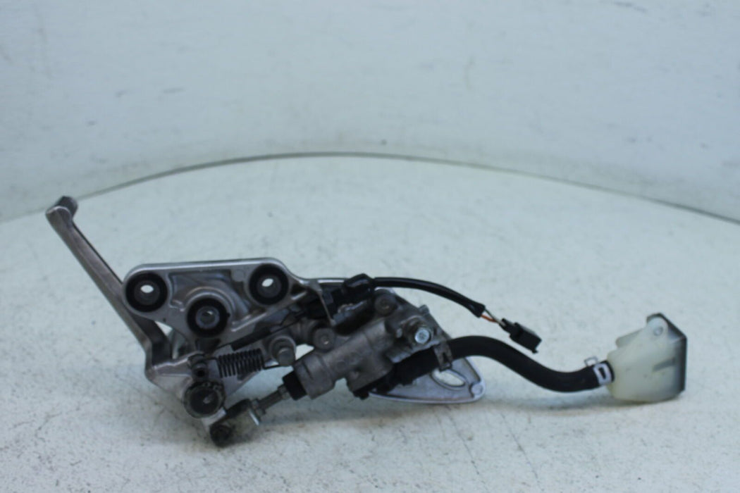 08-17 SUZUKI HAYABUSA GSX-R 1300 GSXR BLACK SPRAY PAINTED RIGHT REARSET REAR SET