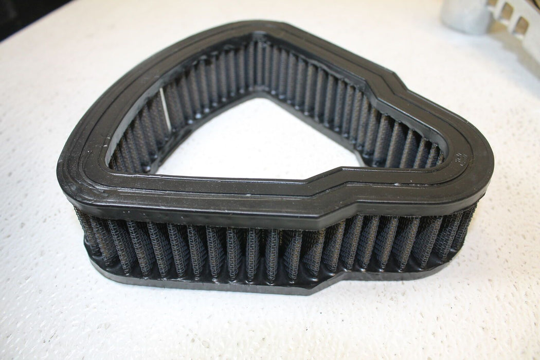 2004 HARLEY-DAVIDSON ROAD KING FLHR AIR CLEANER FILTER BOX MOUNT ASSEMBLE VTWIN