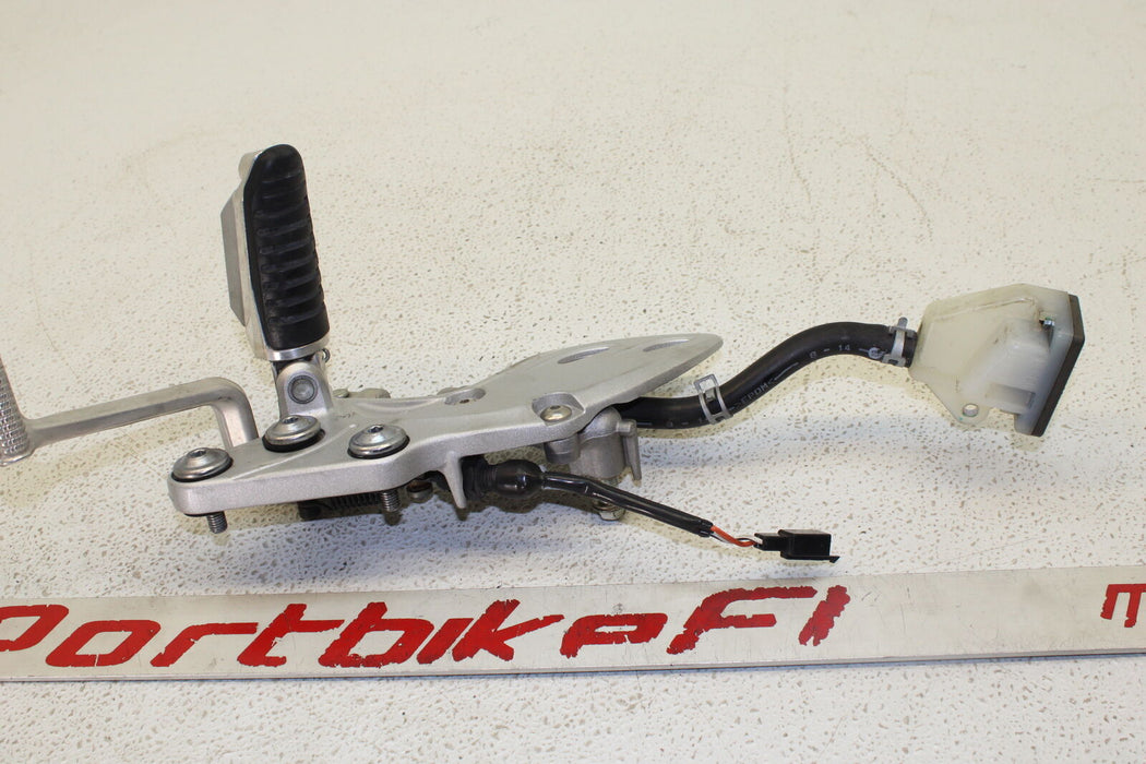 08-20 SUZUKI HAYABUSA GSX-R 1300 GSXR RIGHT REARSET FOOT PEG REAR BRAKE MASTER