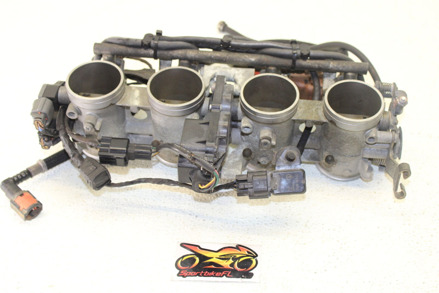 06-07 KAWASAKI NINJA ZX-14 ZX14 MAIN FUEL INJECTORS / THROTTLE BODIES OEM ENGINE
