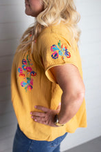 Load image into Gallery viewer, Feliz Floral Embroidered Top