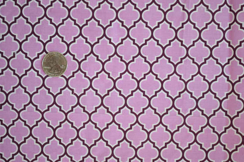 #111 Lodge Lattice in Lilac