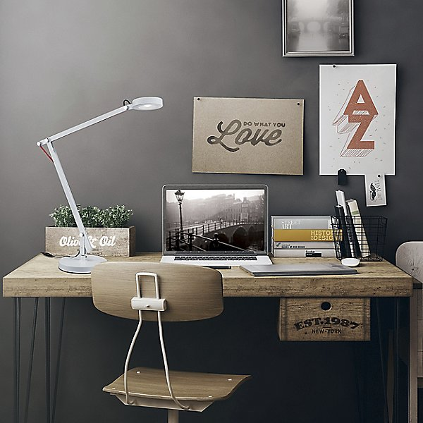 Amsterdam LED Desk Lamp