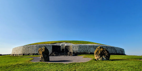 A Guide To Visiting The Boyne Valley (And Newgrange!) From A Local Tour Guide