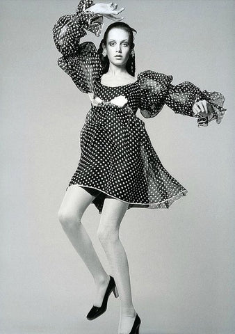 1968 Twiggy in Empire polka-dot organdie dress, Dior's Spring