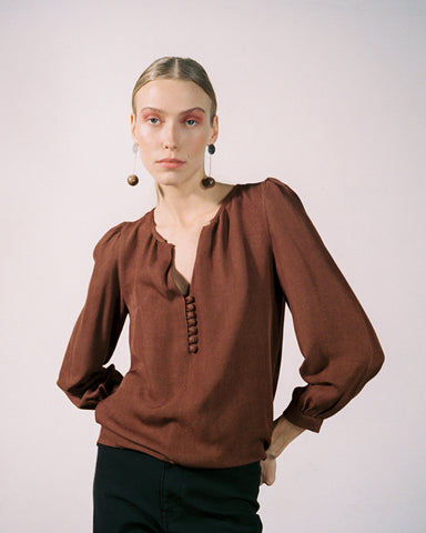 ALMOND BLOUSE | clove