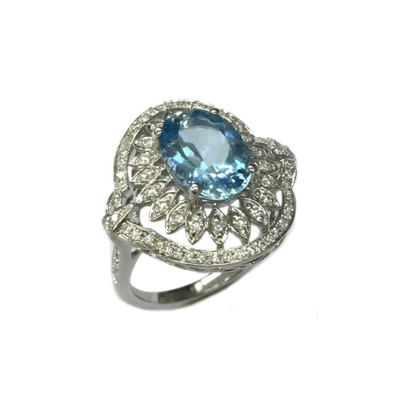 Oval Aquamarine and Diamond Ring, 18K White Gold