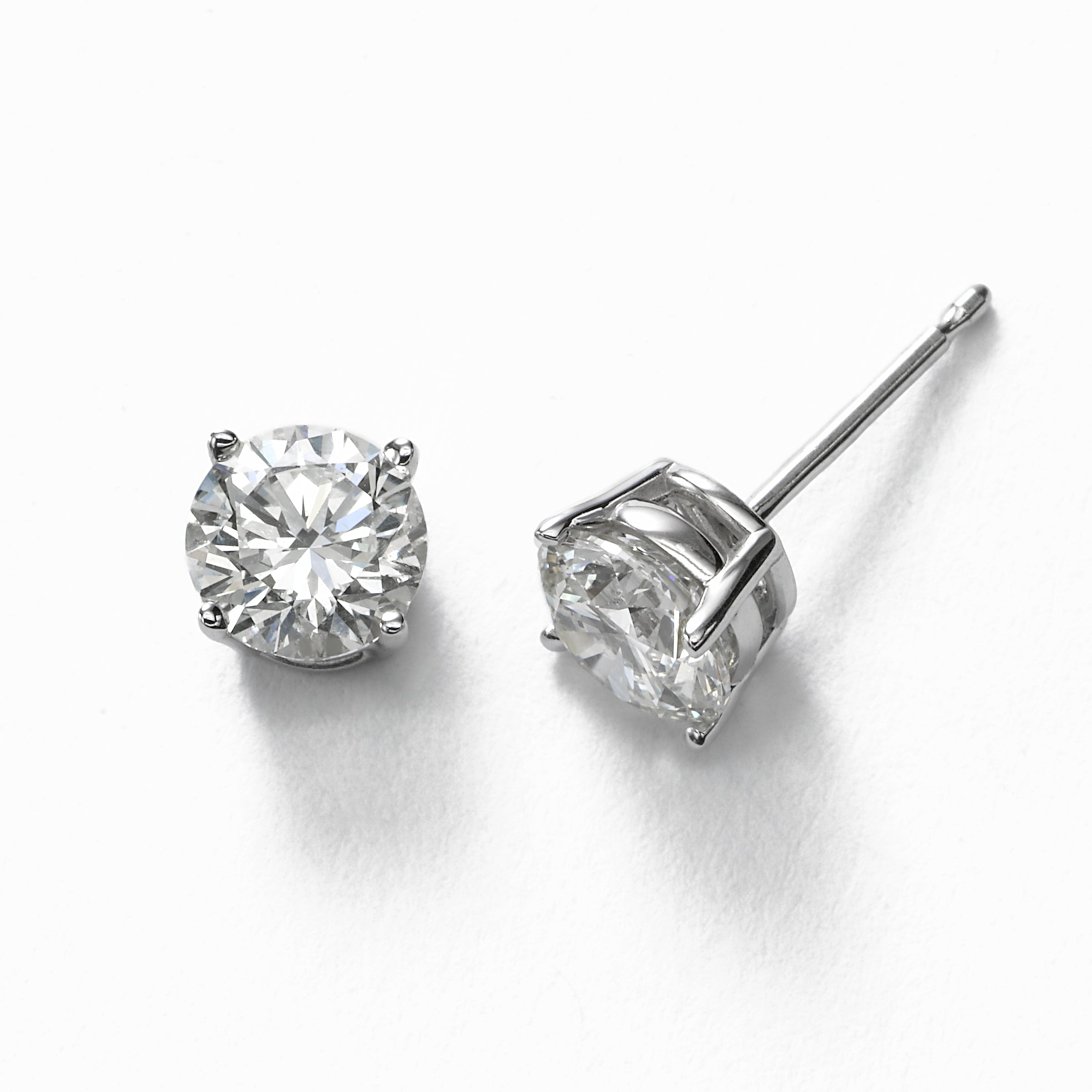 Diamond Stud Earrings, 1.40 Carat total, I1/I2, 14K White Gold