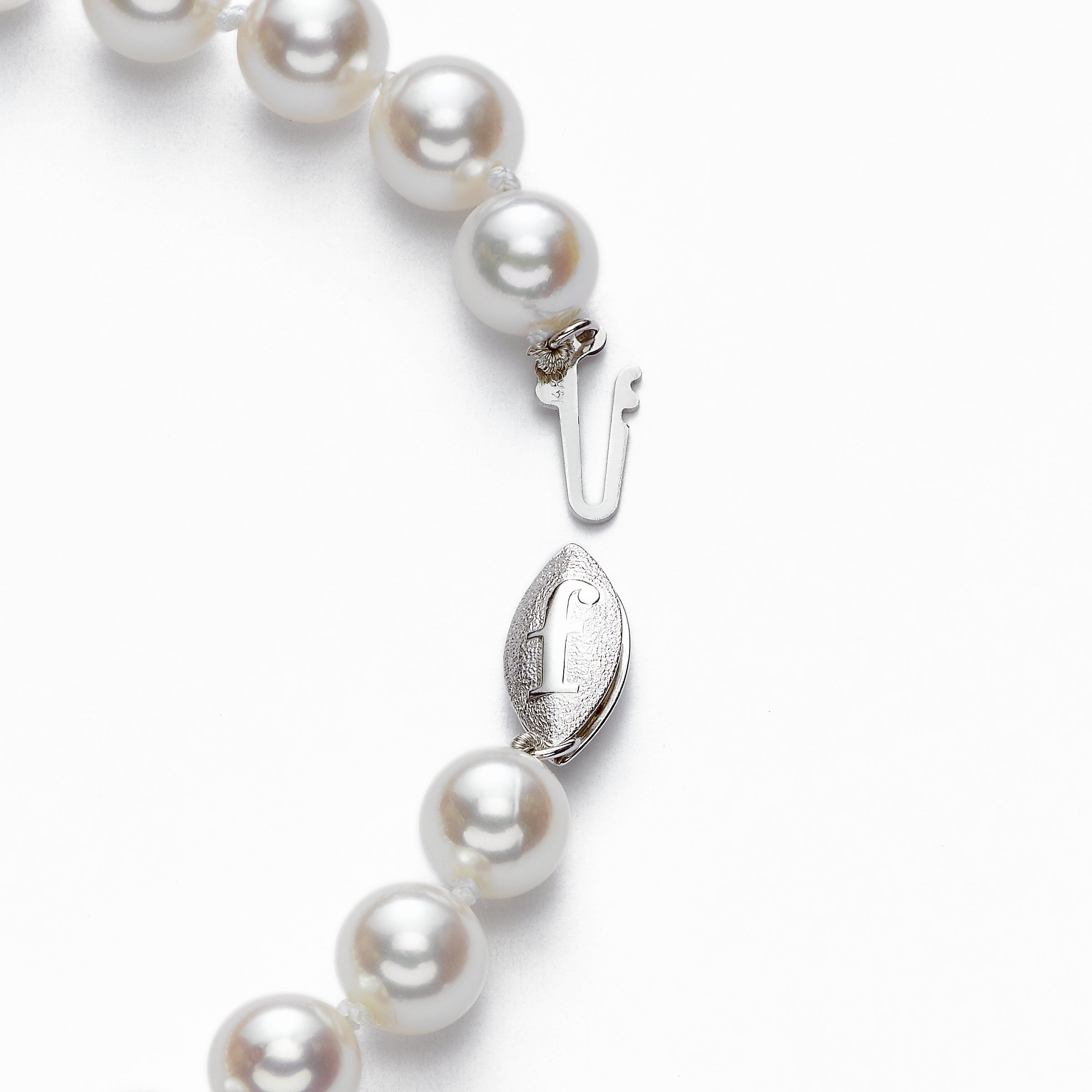 Japanese 'Akoya' Saltwater Cultured Pearl Bracelet, 7.5 x 7 MM, 14K