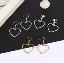 Laden Sie das Bild in den Galerie-Viewer, Basic heart earrings - 2 colours