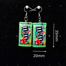 Laden Sie das Bild in den Galerie-Viewer, M&ms earrings - 6 colours