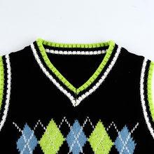 Load image into Gallery viewer, 'Scarlett' knitted crop vest