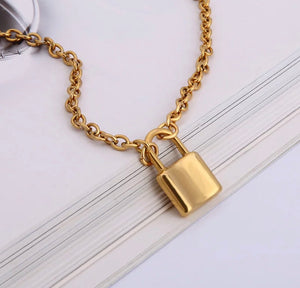 Chunky chain necklace with padlock - 5 lengths, silver and gold