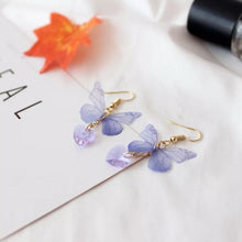 Load image into Gallery viewer, Purple butterfly earrings