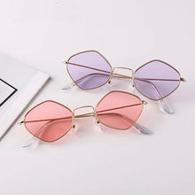 Load image into Gallery viewer, Round metal frame sunglasses - 7 colours