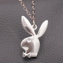 Laden Sie das Bild in den Galerie-Viewer, Playboy bunny necklace - 3 colours