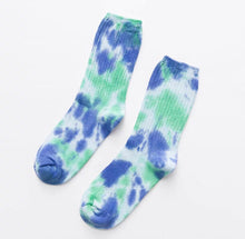 Load image into Gallery viewer, Tie dye socks - 6 colours