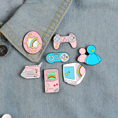 Gamer girl pins - 7 styles