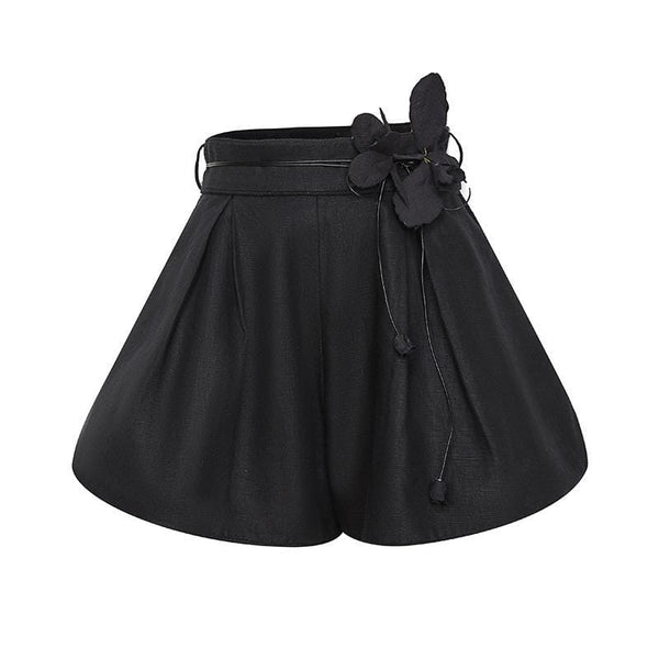 Diana Black Short