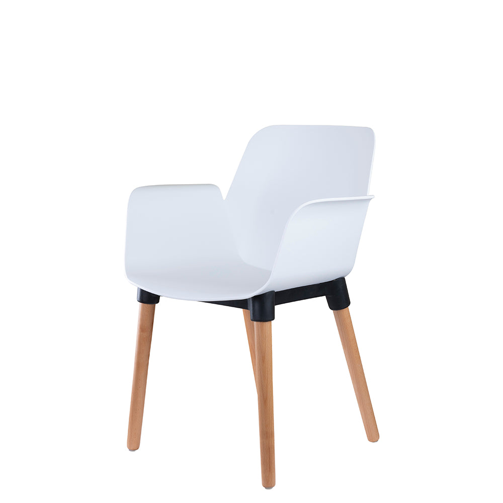 Set of 2 Valise York Arm Chair in Alabaster White with Natural Ash Legs