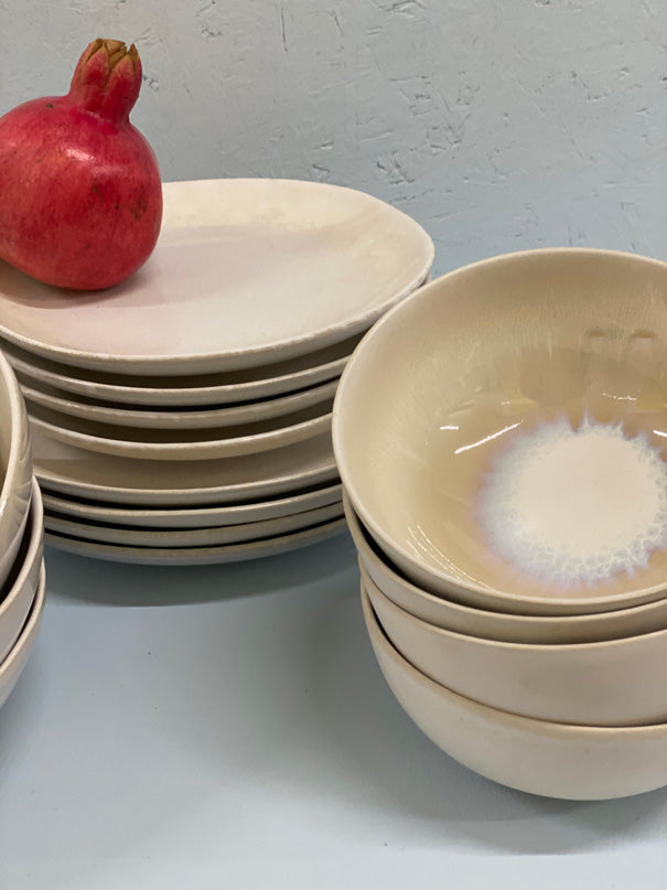 Parina Dinner Set (4, 6 or 8 people)