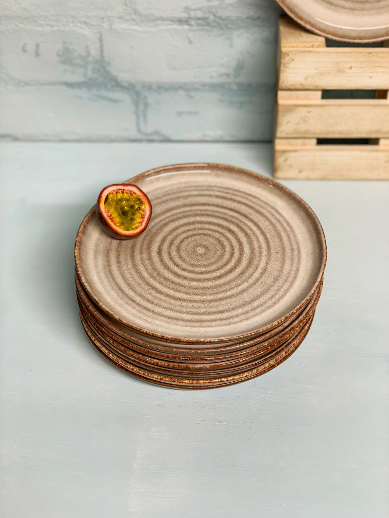 Aline Side Plate (Circles)