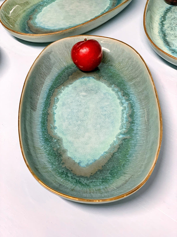 Catarina Medium Serving Platter (Gold Rim)