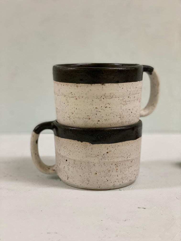 Roberta Large Mug with Black Rim