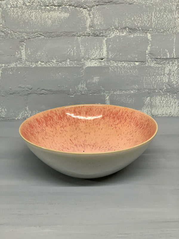 Inês Medium Serving Bowl (Minor Glaze Pigmentation)