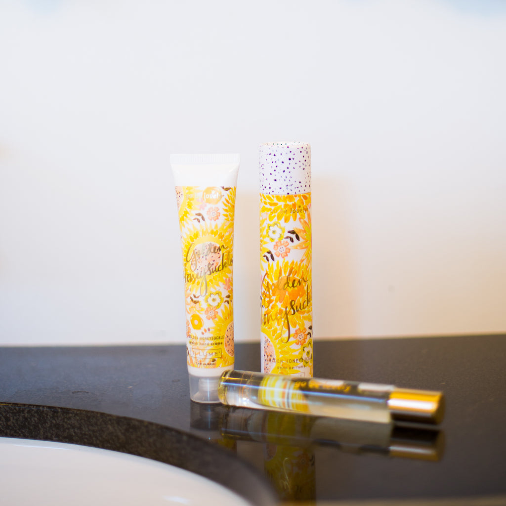 Illume - Roll-On Perfume in Golden Honeysuckle