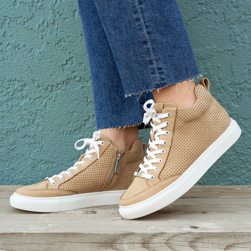 Taupe High Sneaker