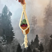 Load image into Gallery viewer, Macrame hangers