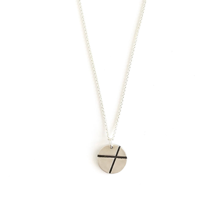 XO kiss & hug Necklace