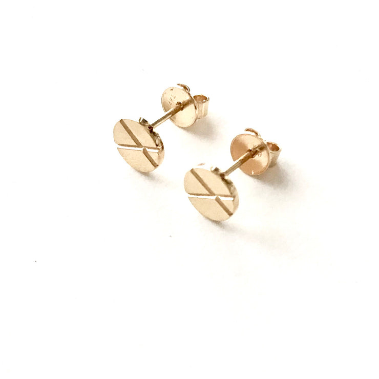 *NEW* XO Kiss & Hug Stud Earrings-Solid 14k Gold