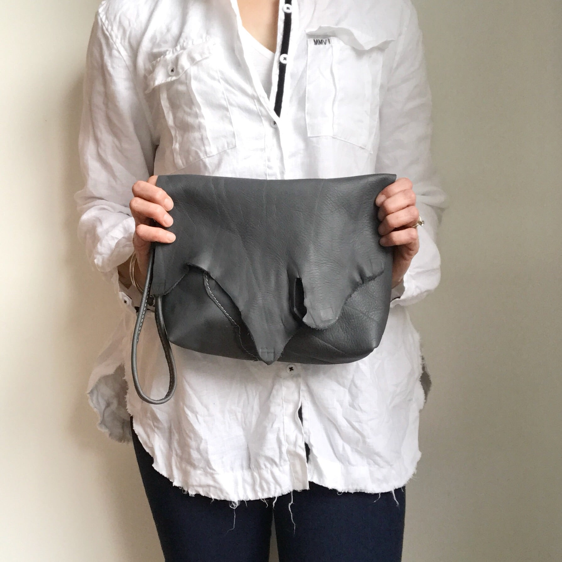 Anthracite Clutch