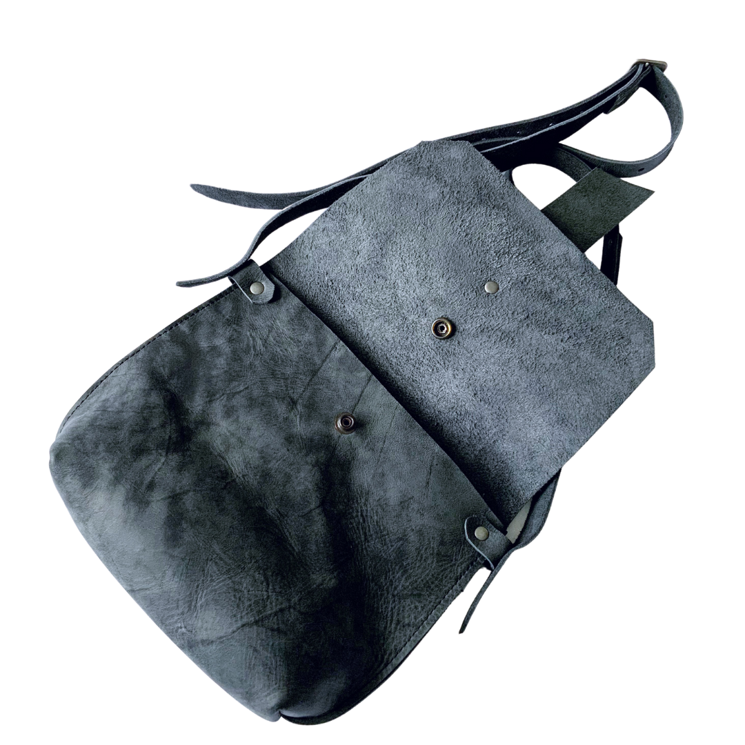 Isla Shoulder Bag