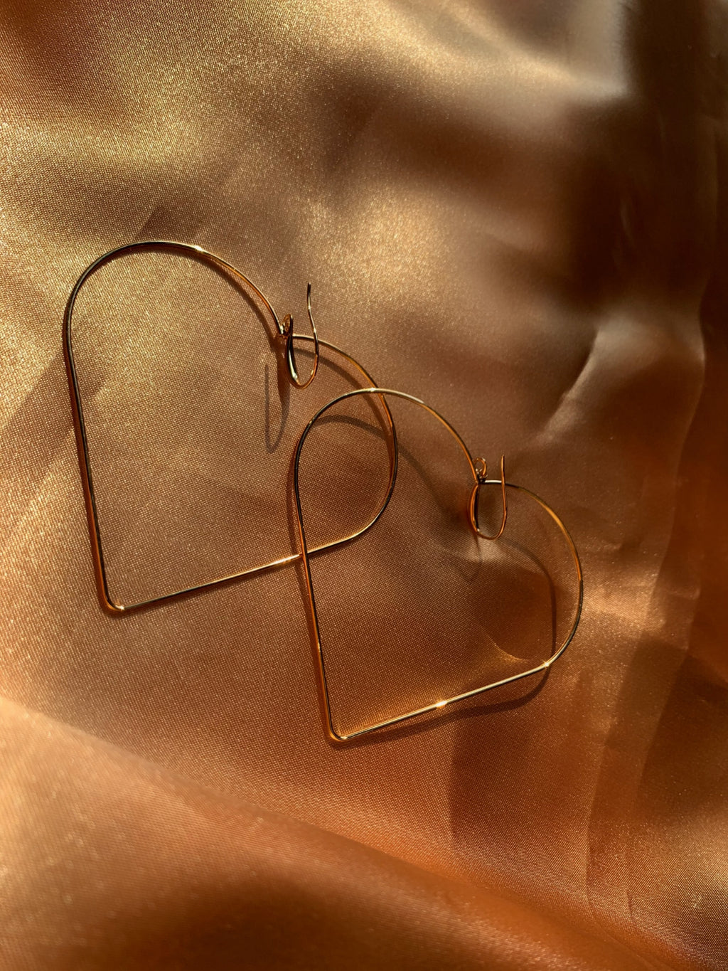 Simple Heart Earring