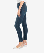 Diana High Rise Fab Ab Relaxed Fit Skinny (Grateful Wash) Hover Image