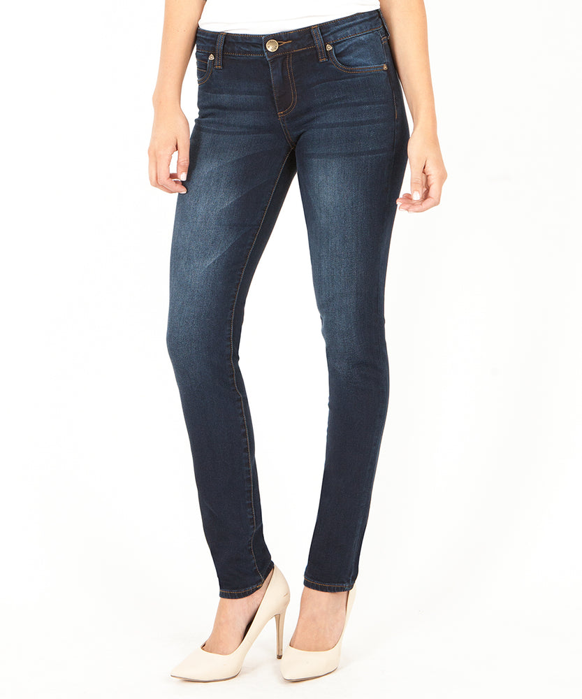 Diana Relaxed Fit Skinny (Breezy Wash)