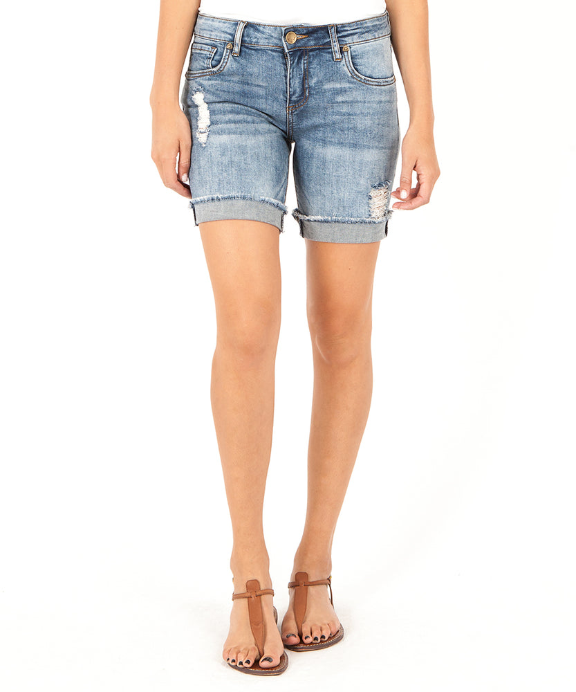 Catherine Boyfriend Short (Agreed Wash)