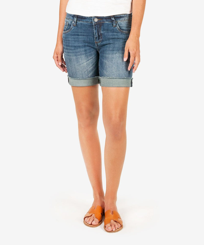 Catherine Boyfriend Short (Uphold Wash)