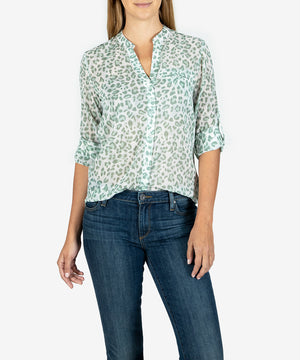 Jasmine Printed Top (Leopard Haze Sage)- Kut From the Kloth