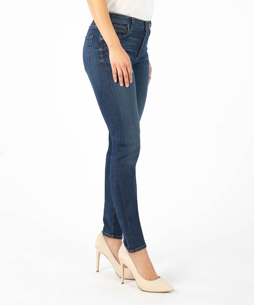 Diana High Rise Relaxed Fit Skinny, Exclusive (Brightness Wash)