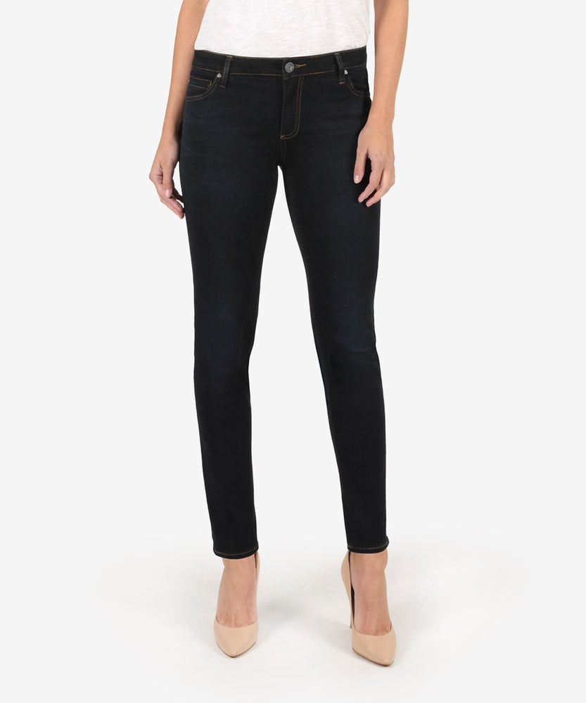 Diana Relaxed Fit Skinny (Surmount Wash)