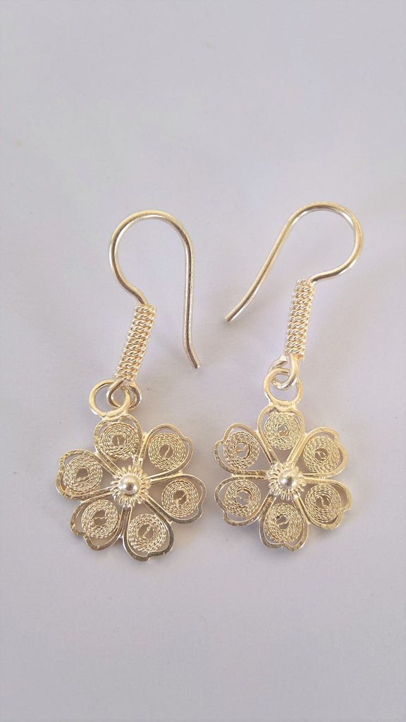 Filigree sterling silver earrings