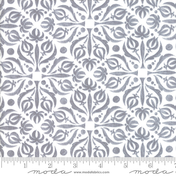 Sweet Pea Lilly Grey 48644-11 B289