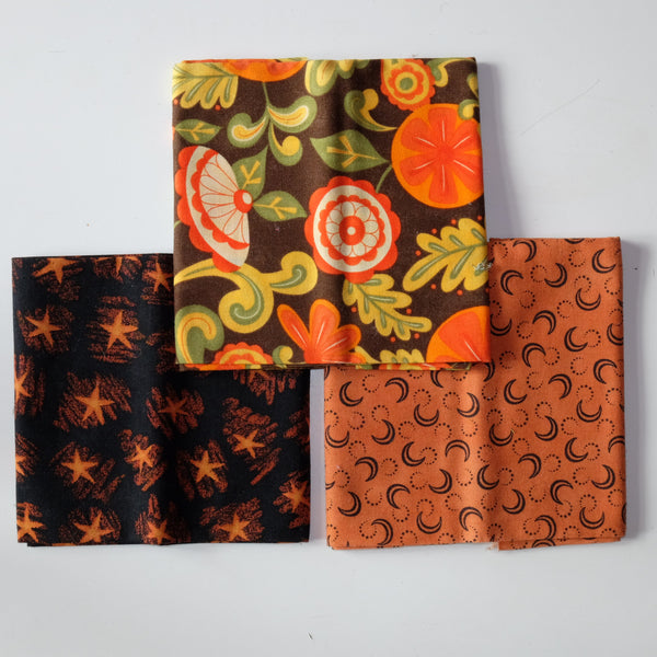 Halloween Fat Quarter Selection F27