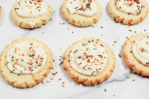 Desserts to feed your diet-conscious family that your kids will love and are keto-friendly by Num Gourmet Desserts. recipes for diet conscious desserts healthy treats my kids will like keto friendly desserts keto treats for kids keto treats for family best keto desserts best healthy desserts recipes for healthy desserts #dietfriendlydesserts #dietdesserts #healthydeserts #healthykidsdeserts #ketofriendlydesserts #ketofriendlysweets #ketosweets #ketodesserts