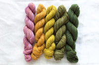 Manos Fino Mini Skeins - 4 Dorothea
